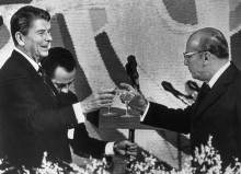 "01 Dec 1982, Brasilia, Brazil --- Brasilia: Pres. Ronald Reagan and Pres. Joao Figueredo toast each other after a state dinner at the Brazilian Foreign Ministry in Brasilia 12/1. It was during this toast that Pres. Reagan referred to his host country as ""Bolivia"" and corrected himself by saying that is the country he will visit. --- Image by © Bettmann/CORBIS"