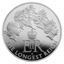 queen 2015 extra longest-reigning-monarch-203